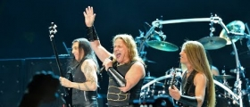 "MANOWAR: TIME FOR A BREAK/""WE NEVER ANNOUNCED THE END OF THE BAND!"""